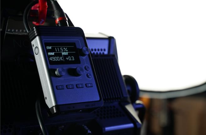一起解锁10亿色彩组合!爱图仕Nova P300c有多厉害?